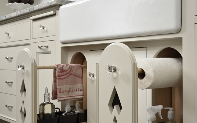 Cass Gilbert Shingle-Style Kitchen