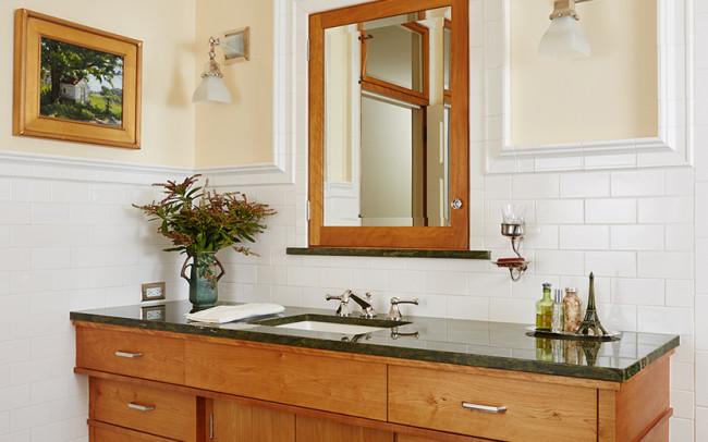 Deephaven Craftsman Guest Bath