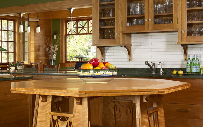Deephaven Craftsman Kitchen Table