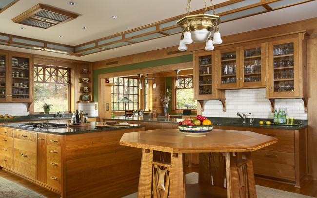 Deephaven Craftsman Kitchen