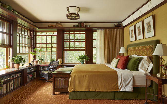 Deephaven Craftsman Master Bedroom