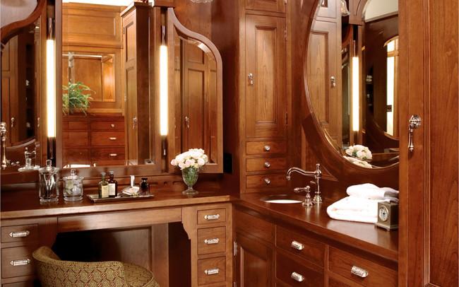Kenwood Queen Anne Dressing Room