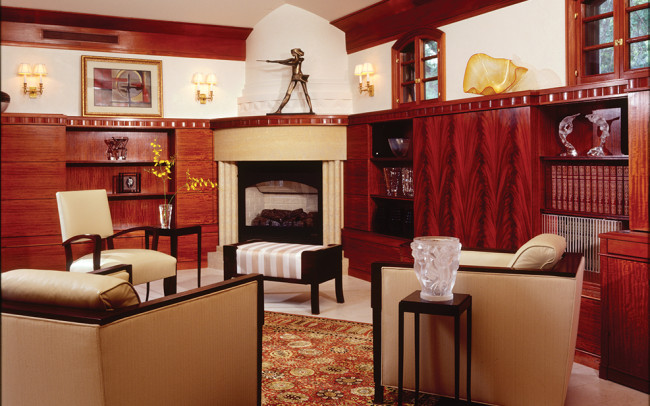 Lake Harriet Villa Family Room
