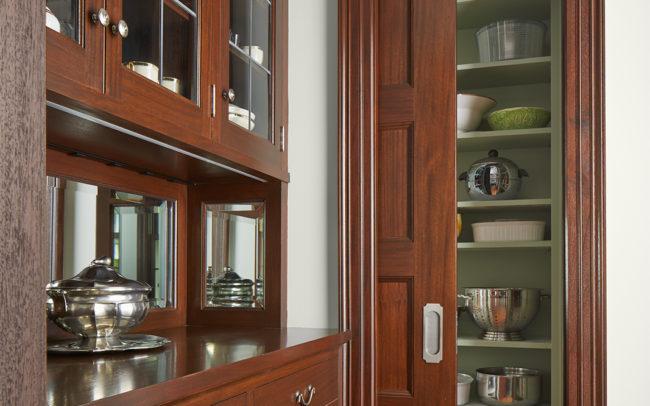 Butler pantry