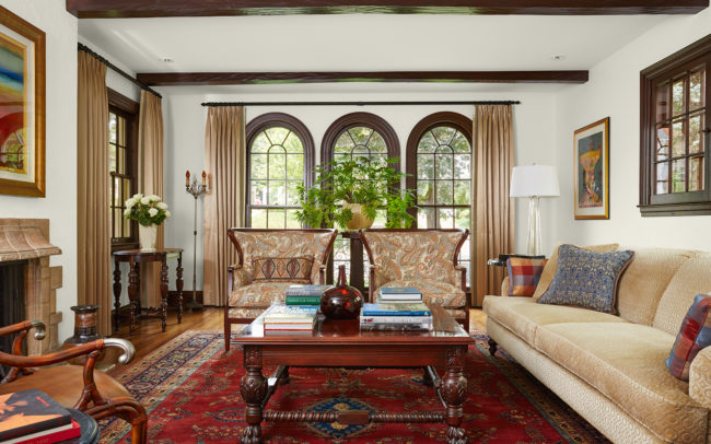 Living room with arched windows