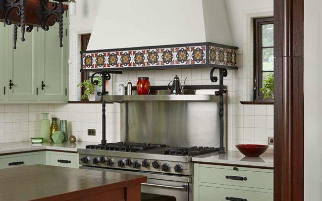 Tangletown Mediterranean Villa Kitchen